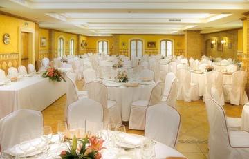 Salle Andalucía Hotel Torreluz Centro