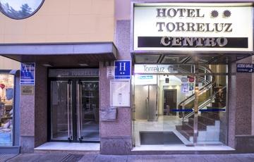 Entrance Hotel Torreluz Centro